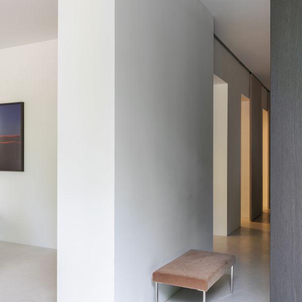 Interieurontwerper Ruud van Oosterhout opent showroom naast Rijksmuseum 2
