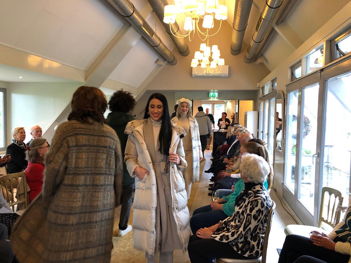 Luxury Event Landgoed Tespelduyn modeshow Blushing by Carmen en Haasnoot