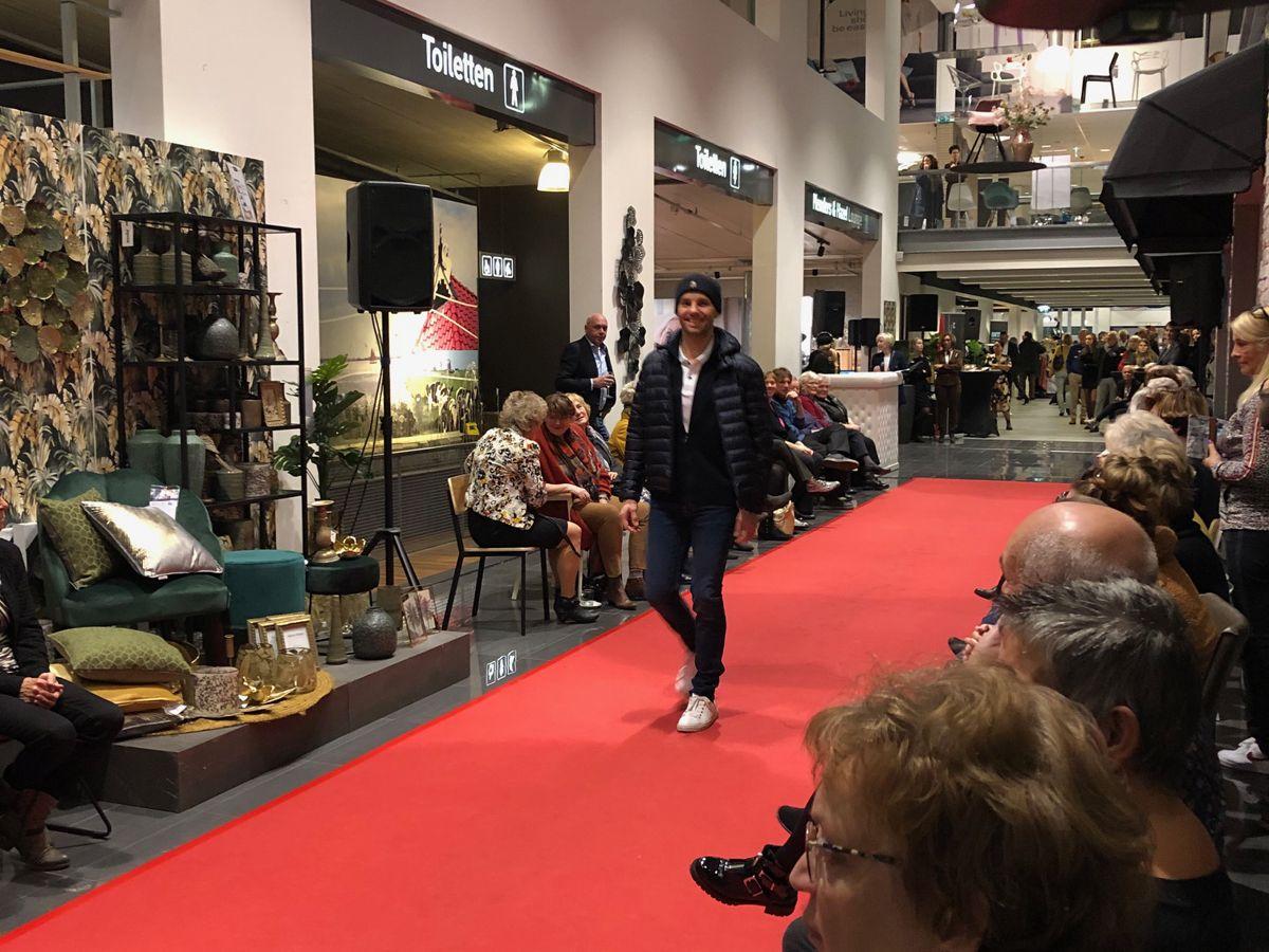 Friday Night event Home Center modeshow Van der Lijn Wereldmode