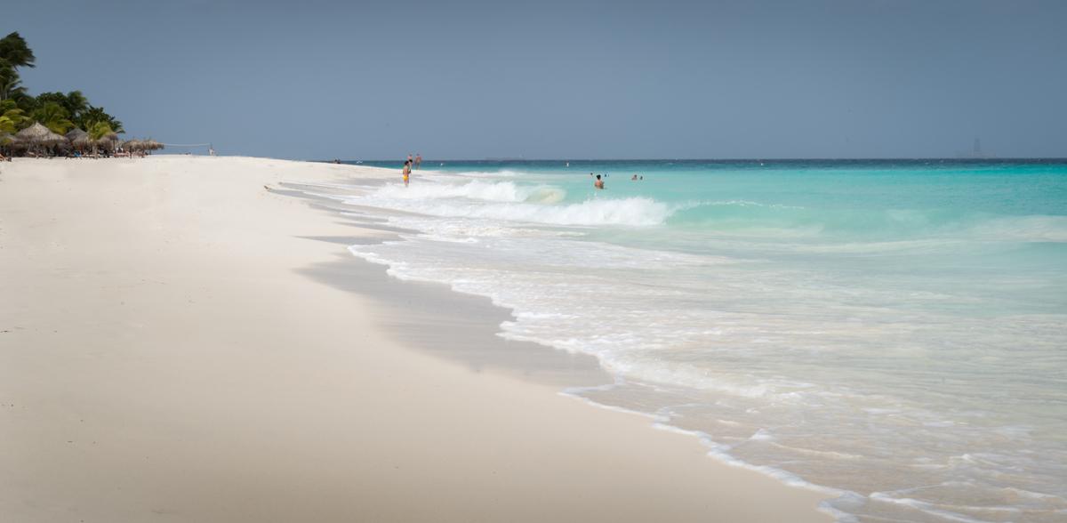Aruba-vakantie strand hapiness