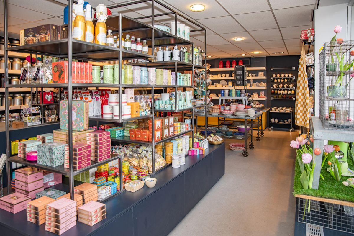 Winkel Betjeman _ Barton Aert vd Goesstraat (4)